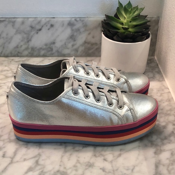 72c04a7b32a Steve Madden silver rainbow platform sneakers 9.5